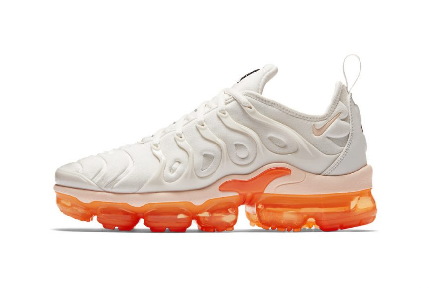 https_hypebeast.comwp-contentblogs.dir6files201806nike-air-vapormax-plus-white-orange-womens-1